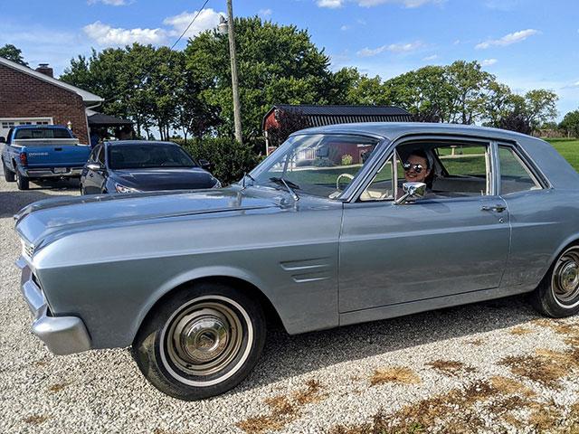 Sierra's falcon automobile